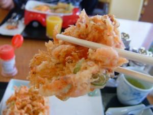 富士川SAの宿場のごはんの桜えびかき揚げ