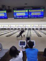 前回準優勝の大野晃靖さんによる始球式