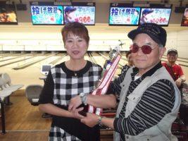 優勝の加藤洋子さん