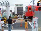 高架工事中の鳴海駅西側(平成16年)