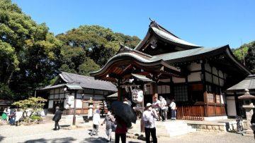 成海神社での月次祭に参列